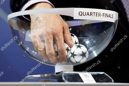Former German Soccer Player Karl-heinz Riedle Ambassador For the Uefa Champions League Final in Berlin Conducts the Draw of the Uefa Champions League 2014-15 Quarter Final Matches at the Uefa Headquarters in Nyon Switzerland 20 March 2015 Switzerland Schweiz Suisse Nyon