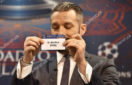 Gianluca Zambrotta Ambassador of the 2016 Champions League Final in Milan Shows the Ticket of Benfica Lisbon During the Draw of the Uefa Champions League 2015-16 Quarter Final Matches at the Uefa Headquarters in Nyon Switzerland 18 March 2016 Switzerland Schweiz Suisse Nyon