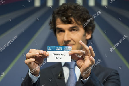 Former German Soccer Player Karl-heinz Riedle Ambassador For the Uefa Champions League Final in Berlin Draws British Soccer Team Chelsea Fc During the Draw of the Round of 16 of the Uefa Champions League 2014/15 at the Uefa Headquarters in Nyon Switzerland 15 December 2014 Switzerland Schweiz Suisse Nyon