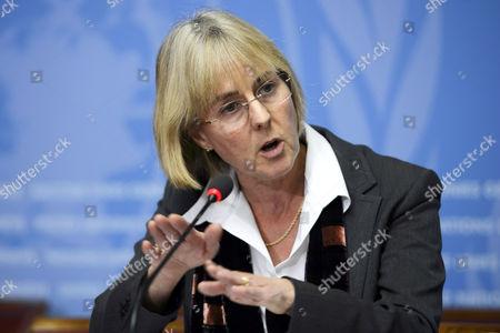 Editorial photo of Switzerland who Ebola Burial - Nov 2014