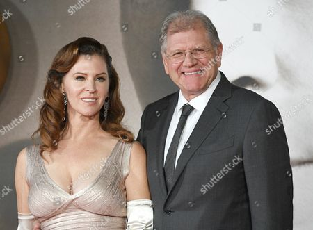 Us Director Robert Zemeckis and His Wife Leslie Harter Zemeckis Arrive at Premiere of the Film 'Allied' in Leicester Square in London Britain 21 November 2016 the Movie Will Be Released on 23 November United Kingdom London