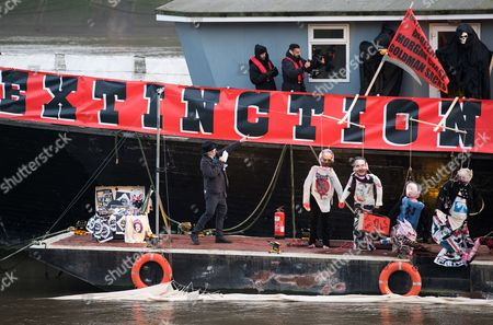 Joe Corre (l) Son of Sex Pistols Manager Malcolm Mclaren and Fashion Designer Vivienne Westwood Speaks Before Settling Alight an Estimated Five Million Worth of Punk Music Memorabilia on the Thames in Chelsea Central London Britain 26 November 2016 Corre and Westwood Arranged the Fire in Protest Over an Event Celebrating the 40th Anniversary of the Release of the Sex Pistols Debut Single Anarchy in the Uk United Kingdom London