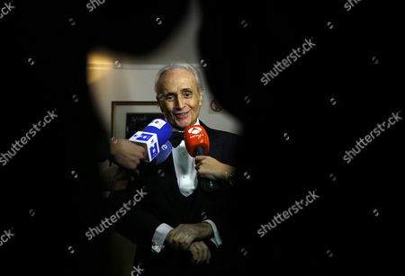 Spanish Tenor Jose Carreras Speaks to the Press After His Concert at the Poly Theatre the Last Stop of His China Tour 'A Life in Music: Final World Tour' in Beijing China 20 November 2016 Known As One of the Famous Three Tenors Alongside Placido Domingo and Luciano Pavarotti Jose Carreras Took to the Stage in Beijing with Chinese Pianist Li Yundi and Irish Soprano Celine Byrne in His Final Stop of His Three-city China Tour Including Wuhan Shenzhen and Beijing China Beijing