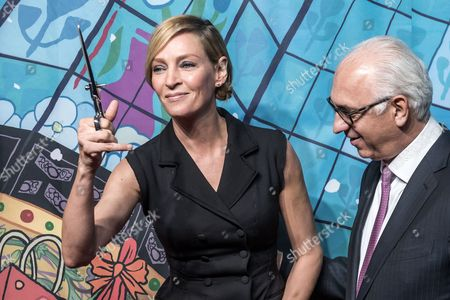 Us Actress Uma Thurman (l) and Printemps Store Ceo Paolo De Cesare Pose During the Launch of the 'Printemps Christmas Fairy Tale' Windows at the Printemps Department Store in Paris France 03 November 2016 France Paris