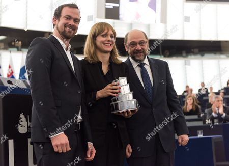 Lux Prize Winner German Producer Jonas Dornbach German Film Director Maren Ade and Martin Schulz (l-r) President of the European Parliament Poses For the Photographers in the European Parliament in Strasbourg France 23 November 2016 the European Parliament Awarded the Lux Prize 2016 to the German-austrian-romanian Co-production Toni Erdmann France Strasborg