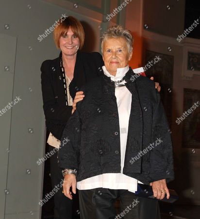 Mary Portas with Priscilla Carluccio who won Best new shop for 'Few and Far Between'