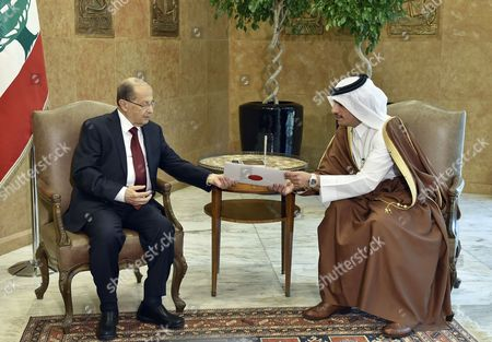 Lebanese President Michel Aoun (l)receives an Invitation From Qatari Foreign Minister Sheikh Mohammad Bin Abdul Rahman Al-thani (r) to Visit Qatar During Their Meeting at the Presidential Palace in Baabda East Beirut Lebanon 23 November 2016 Abdulrahman Arrived in Beirut For a One-day Official Visit to Meet with Lebanese Officials and to Congratulate Newly-elected President Aoun and Hand Him an Invitation to Visit Qatar Lebanon Baabda