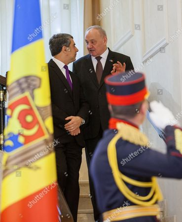 Bulgarian President Rosen Plevneliev (l) and the President of Moldova Nicolae Timofti (r) After a Meeting at the State Residence in Chisinau Moldova on 15 November 2016 President Plevneliev is on a Visit to Moldova Moldova, Republic of Chisinau