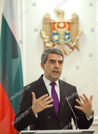 The President of Bulgaria Rosen Plevneliev Gestures at a Press Conference with the President of Moldova Nicolae Timofti (not Seen) During His Official Visit at the State Residence in Chisinau Moldova 15 November 2016 Moldova, Republic of Chisinau
