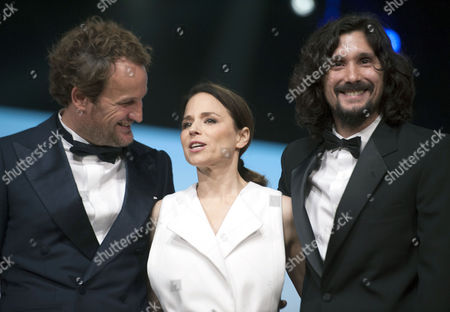 Members of the Jury Australian Actor Jason Clarke (l) Argentine Director Lisandro Alonso (r) and Italian Actress Jasmine Trinca (c) Pose For a Photograph During the Opening Ceremony of the 16th International Marrakech Film Festival in Marrakesh Morocco 02 Decmber 2016 Morocco Marrakesh