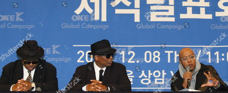 Stock Photo of Us Pop Singer Peabo Bryson (r) Speaks with Us Producers Jimmy Jam (l) and Terry Lewis (c) During a Press Conference For the Presentation of the One K Global Campaign Song at Sangam Ytn Media Hall in Seoul South Korea 08 December 2016 the Campain Seeks to Raise Awareness of Korean Reunification Efforts and Promote Regional Stability Through Cultural Exchange and Music Korea, Republic of Seoul