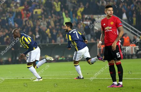 Fenerbahce Istanbul's Moussa Sow (l) Celebrates After Scoring 1-0 with Team Mate Alper Potuk (2-l) at the Uefa Europa League Group a Match Between Fenerbahce Istanbul and Manchester United in Istanbul Turkey 03 November 2016 L Turkey Istanbul