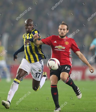 Manchester United's Daley Blind (l) Fights For Ball Against Fenerbahce Istanbul's Moussa Sow (r) at the Uefa Europa League Group a Match Between Fenerbahce Istanbul and Manchester United in Istanbul Turkey 03 November 2016 Turkey Istanbul