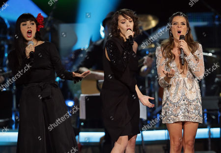 Chilean Singer-songwriter Mon Laferte (l) Guatemalan Singer-songwriter Gaby Moreno (c) and Puerto Rican Singer-songwriter Kany Garcia (r) Perform During the 2016 Latin Recording Academy Person of the Year Tribute at the Mgm Grand Garden Arena in Las Vegas Nevada Usa 16 November 2016 the Tribute is Celebrating Us Musician Marc Anthony For His Artistic Social Contributions to the Latin Music and Culture United States Las Vegas