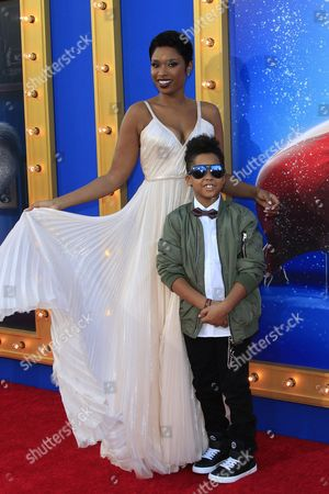 Us Actress and Cast Member Jennifer Hudson Arrives with Her Son David Daniel Otunga Jr For the Premiere of Universal Pictures' 'Sing' in Los Angeles California Usa 03 December 2016 the Movie Opens in Us Theaters on 21 December 2016 United States Los Angeles
