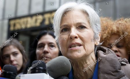 Us Green Party Presidential Candidate Jill Stein Speaks During a Press Conference About the Ongoing Efforts She is Involved in to Recount Votes in Michigan Wisconsin and Pennsylvania Across the Street From Trump Tower in New York New York Usa 05 December 2016 United States New York
