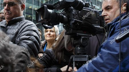 Green Party Presidential Candidate Jill Stein (c) Arrives For a Press Conference About the Ongoing Efforts She is Involved in to Recount Votes in Michigan Wisconsin and Pennsylvania Across the Street From Trump Tower in New York New York Usa 05 December 2016 United States New York