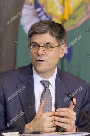 Us Treasury Secretary Jack Lew Delivers Remarks at a Public Meeting of the Financial Literacy and Education Commission (flec) at the Treasury Department in Washington Dc Usa 03 November 2016 the Meeting Discussed New Findings For Youth Financial Capability and the Flec National Strategy For Financial Literacy Update For 2016 United States Washington