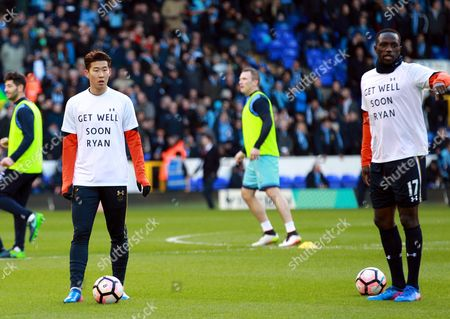 Spurs players with ex-Tottenham player and now Hull player Ryan Mason name he got a bad injury last week against Chelsea  during a FA Cup Fourth Round football match between Tottenham and Wycombe at White Hart lane on January 28th 2017.SEAN DEMPSEY / IKimages