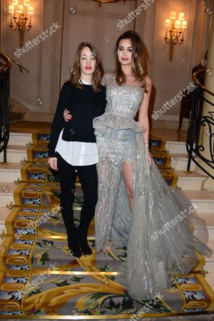 Juliette Besson, Elisa Bachir Bey in the front row