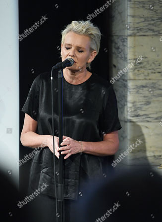 Eva Dahlgren, Attendance at the presentation of scholarships from the Micael Bindefeld Foundation in Memory of the Holocaust, The Royal Swedish Opera,