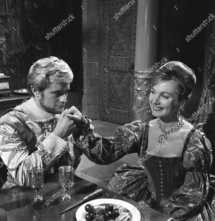 'Sir Francis Drake'   TV - The English Dragon - David McCallum and Delphi Lawrence
