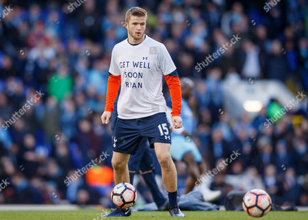 Eric Dier of Tottenham Hotspur warming up in his get well Ryan Mason shirt before the Emirates FA Cup match between Tottenham Hotspur and Wycombe Wanderers played at White Hart Lane Stadium, London on 28th January 2017