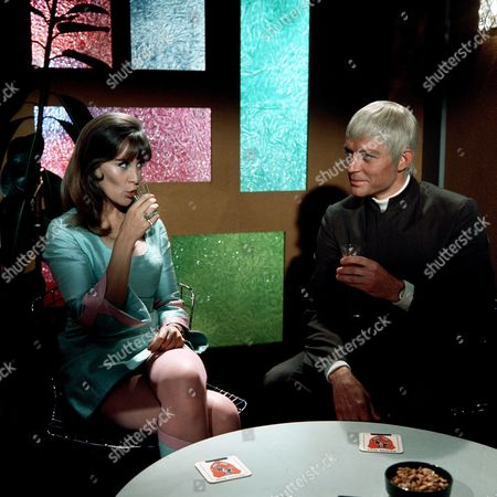 'UFO'  - 'The Responsibility Seat' - Jane Merrow and Ed Bishop