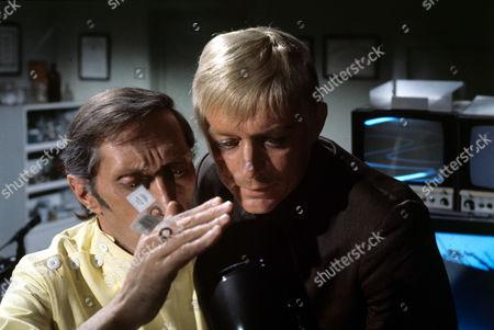 UFO Vladek Sheybal (Dr Jackson), Ed Bishop (Ed Straker)