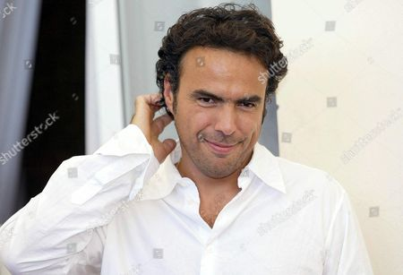 Mexican Director Alejandro Gonzales Inarritu Following a Press Conference to Promote His Movie ' 21 Grams' at the Venice Film Festival 05 September 2003 Epa Photo/ansa/claudio Onorati// Italy Venice