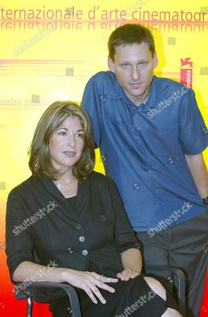 Canadia Writer Naomi Klein Poses For a Photo with His Husband Avi Lewis September 4 2004 During the Press Conference in Venice Lewis is the Movie Director of 'The Take' That Will Be Shwon Today at Venice in the 'Venezia61 Cinema Digital Section' Italy Venice