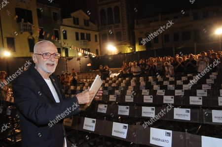 Italian Director Mario Monicelli 94 Gestures Prior to the Screening of the Restored Version of His Film 'La Grande Guerra' (the Great War ) at the Arena San Polo in Venice Italy 01 September 2009 on the Pre-opening Night of the 66th Venice Film Festival the Festival is Scheduled to Run From 02 to 12 September Italy Venice