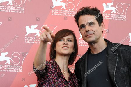 German Director Tom Tykwer (r) and German Actress Sophie Rois Pose During the Photocall For Their Movie 'Drei' at the 67th Annual Venice Film Festival in Venice Italy 10 September 2010 the Movie is Presented in the International Competition 'Venezia 67' at the Festival Running From 01 to 11 September Italy Venice