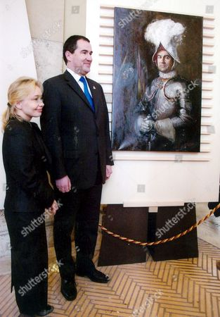 Swiss Guard Commander in Chief Elmar Maeder (r) Poses Next His Portrait Painted by Natalia Tsarkova (l) at 'Pontifical Swiss Guard 500 Years of History and Life' Exhibition at Braccio Di Carlo in Piazza San Pietro Wednesday 29 March 2006 Vatican City State (holy See) Vatican City