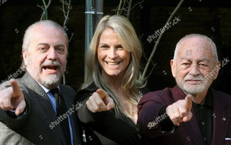 Producers Aurelio De Laurentiis (l) Martha De Laurentiis and Her Husband Dino De Laurentiis Pose For Photos on Friday 02 February 2007 in Rome During the Promotion of Movie 'Hannibal Lecter' Directed by Peter Webber Italy Rome