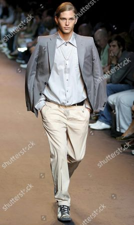 A Model Wears a Proposal by Miou Miou For the Spring-summer 2006 Collection During the Milan Fashion Man Show Thrusday 30 June 2005 Italy Milan