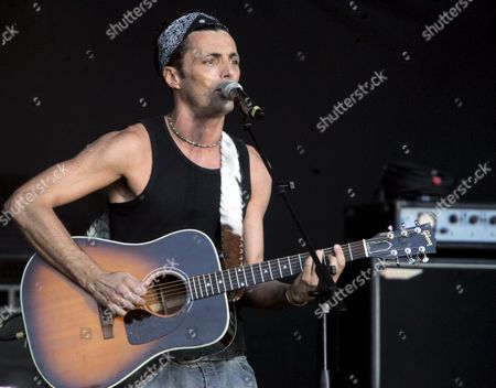 Italian Singer Alex Britti Performs During the Live 8 Concert in the 'Circo Massimo' the Ancient Roman Circus in Rome Italy Saturday 02 July 2005 Rome is the Venue of One of the Nine Free Live 8 Concerts Aimed at Pressuring the G8 Group of Industrialised Nations Into Eradicating African Poverty Italy Rome