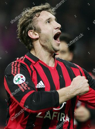 Milan's Ukrainian Player Andriy Schevchenko Jubilates After Scoreing a Goal Against Empoli During the League a Soccer Match Milan Vs Empoli in Milan Saturday 04 March 2006 Italy Milan