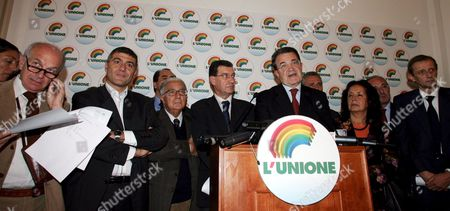 Former European Commission President Romano Prodi (5th R) Flanked by Other Leaders of the Opposition 'L'unione' Coalition and Other Candidates at the 'Primaries' Addresses Journalists During a Press Conference in Rome Monday 17 October 2005 on the Results of the One-day Voting For the 'Primaries' to Choose the Coalition's Leader to Oust Italian Prime Minister Silvio Berlusconi in This Spring's General Elections Organizers Were Expecting at Least One Million People to Cast Their Ballots at 9 651 Voting Booths Set Across the Country But Some 4 3 Million People Casted Their Vote Prodi was First with 3 182 686 Votes (74 1 Percent) Ahead of Fausto Bertinotti (communist Refoundation) 14 7 Percent; Clemente Mastella (catholic Udeur) 4 6 Percent; Antonio Di Pietro (former Judge of 'Clean Hands') 3 3 Percent; Alfonso Pecoraro Scanio (green) 2 2 Percent; Ivan Scalfarotto (independent) 0 6 Percent; Simona Panzino (far-leftist No-global) 0 5 Percent Italy Rome