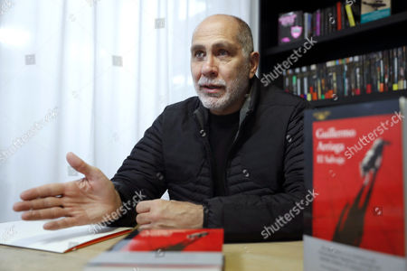 Mexican writer Guillermo Arriaga speaks during an interview with Spanish international news agency EFE on the occassion of the releasing of his latest book 'El Salvaje' (lit.: The Wild') in Madrid, Spain, 30 January 2017. 'El Salvaje' is the first work of Arriaga in sixteen years.