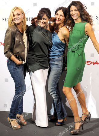 (l-r) Italian Actresses Romina Carrisi Valentina Lodovini and Chiara Caselli and Spanish Actress Maria Jurado Pose During the Photo Call For the Film 'Il Passato E' Una Terra Straniera' (the Past is a Foreign Land) by Compatriot Daniele Vicari in Rome on 26 October 2008 Presented in Competition at the 3rd Rome International Film Festival Romina Carrisi is Daughter of American-italian Actress Singer Writer and Painter Romina Power --- Daughter of Late Us Actor Tyrone Power and of Us Actress Linda Christian --- and of Italian Singer-songwriter Al Bano the Film is About Two Youths - Giorgio and Francesco - with Quite Different Characters who Become Friends and Undertake an Adventure Together Italy Rome