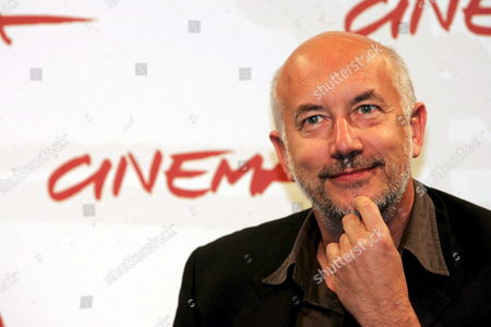 Italian Film Director Davide Ferrario Poses For Photographers During the Press Conference of His Film ''la Strada Di Levi' at the First Edition of Rome International Film Festival at the Auditorium 'Parco Della Musica' in Rome Italy on Thursday 19 October 2006 Italy Rome