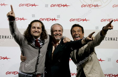 Italian Debutant Movie Director Brando De Sica (l) His Father Actor Christian De Sica (r Late Neorealist Movie Director and Actor Vittorio De Sica's Son) and Producer Aurelio De Laurentiis (c) During the Photocall of His Film 'Parlami Di Me' (speak Me About Me) in Competition at the 3rd Rome Film Festival on 24 October 2008 a Resounding Solo by Christian De Sica in the Form of a Musical in a Stage Show That Brings Together Memories and Family Nostalgia Tracks by Garinei and Giovannini Personal and Autobiographical Monologues Also Touching on the History of the Variety Show Tributes to Great Cinema and Italian Showbiz the Spectacle is Written by Maurizio Costanzo and Enrico Vaime While the Film is Directed by Christian's Son Brando Making His Debut Behind the Camera Italy Roma