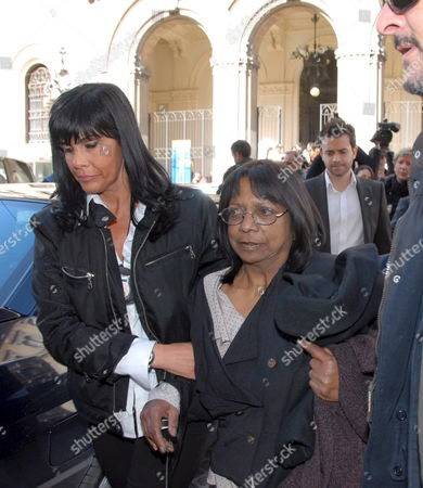 Arline Kercher the Mother of Murdered British Student Meredith Kercher is Escorted to a Court in Perugia 19 April 2008 For a Hearing Held to Discuss Evidence in the Case Before Possisble Charges and a Trial Behind is Her Son Kyle Three People Are Being Held Over the Murder of the Exchange Student in November Italy Perugia