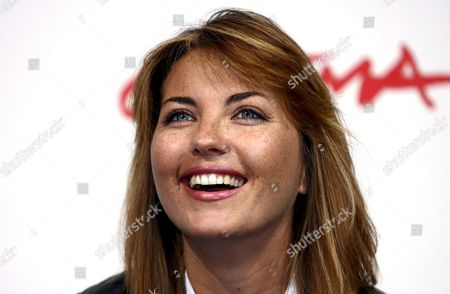 Stock Image of Italian Actress Vanessa Gravina Poses Prior to the Screening of the Film 'L'uomo Privato' by Italian Director Emidio Greco in the Premiere Section at the 2nd Edition of the Rome Film Festival in Rome Italy 24 October 2007 the Festival Runs Until 27 October Italy Rome