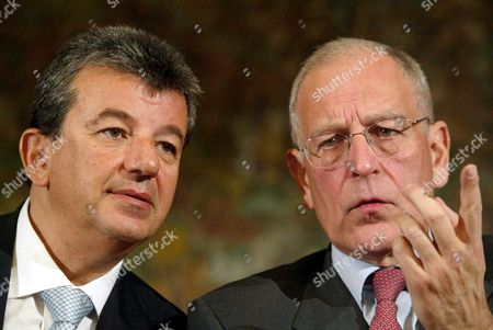 Patrick Le Lay (r) President of the Tf1 Group and Tarak Ben Ammar (l) President of Ben Ammar Group During a Press Conference to Present the Italian Television Project 'Sportitalia' and ' D-free' Tuesday 03 February 2004 in Milan Italy Milano