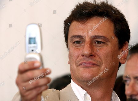 Italian Actor Giorgio Tirabassi Poses For a Photo at the End of the Press Conference to Promote the Movie ''don't Take Any Date For Tonight' by Director Gianluca Maria Tavarelli at the Venice Film Festival Monday 04 September 2006 Italy Venice