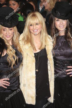 Pamela Skaist-Levy, Sarah Michelle Gellar and Gela Nash-Taylor