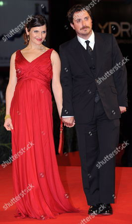 Chilean Cast Director Pablo Larrain (r) with His Wife Actress Antonia Zegers Pose During the Premiere For the Movie ' Post Mortem ' at the 67th Annual Venice Film Festival in Venice Italy 05 September 2010 the Movie is Presented in the International Competition 'Venezia 67' at the Festival Running From 01 to 11 September 2010 Italy Venice