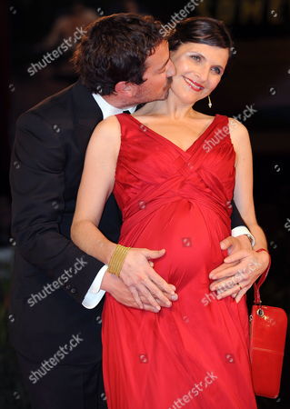 Chilean Cast Director Pablo Larrain (l) with His Wife Actress Antonia Zegers Pose During the Premiere For the Movie ' Post Mortem ' at the 67th Annual Venice Film Festival in Venice Italy 05 September 2010 the Movie is Presented in the International Competition 'Venezia 67' at the Festival Running From 01 to 11 September 2010 Italy Venice